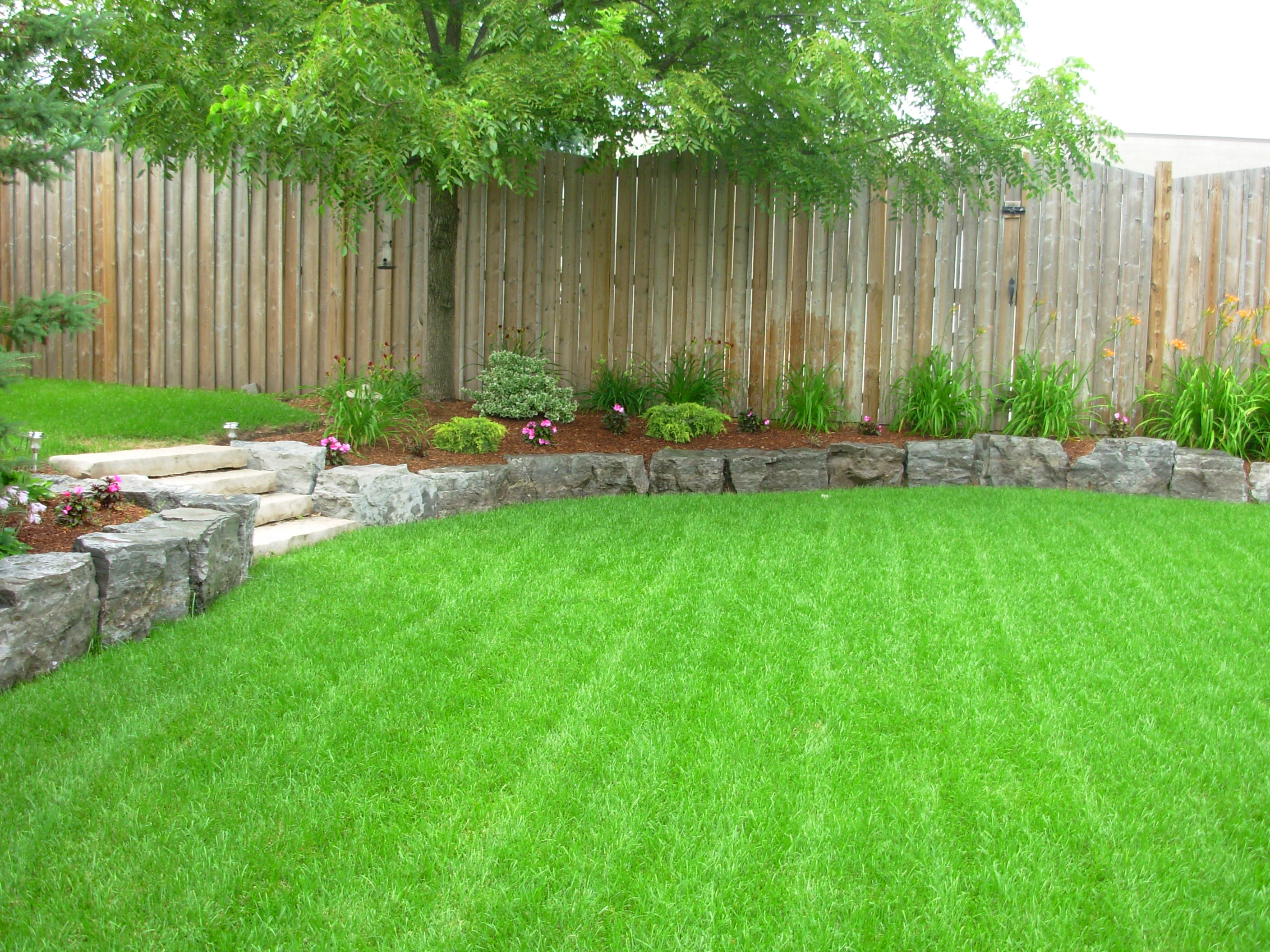 landscaping & grounds maintenance